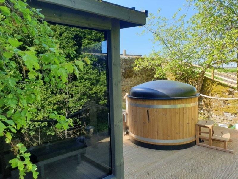 Kirami Sauna and Hot Tub