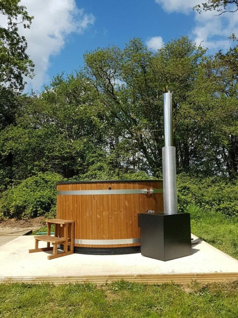 Kirami Wood Fired Hot Tub glamping